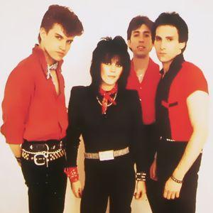 Joan_Jett_And_The_Blackhearts